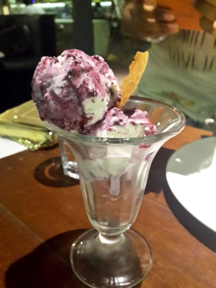 Blueberry Cheese Cake Ice Cream